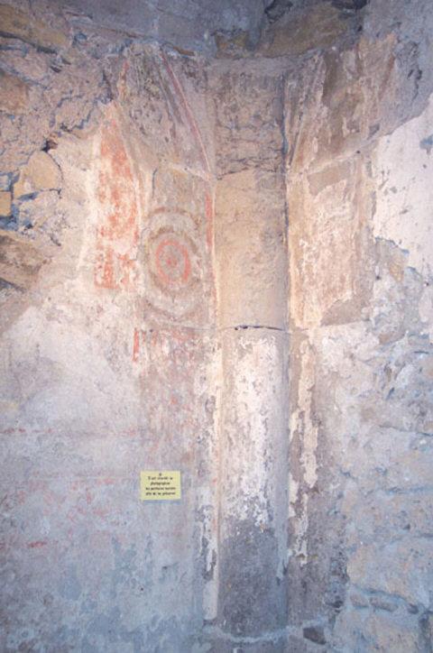 colonne du Caveau des Augustins © 123 Savoie