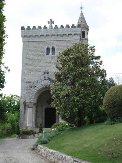 Tour de Biguerne à Chignin, transformée en chapelle dédiée à Saint Anthelme © 123 Savoie