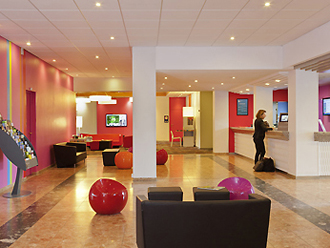 Hall réception - Ibis Styles Aix-les-Bains Domaine de Marlioz