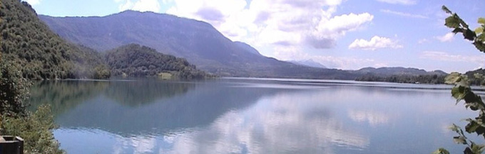 Panorama du Lac d'Aiguebelette © 123 Savoie