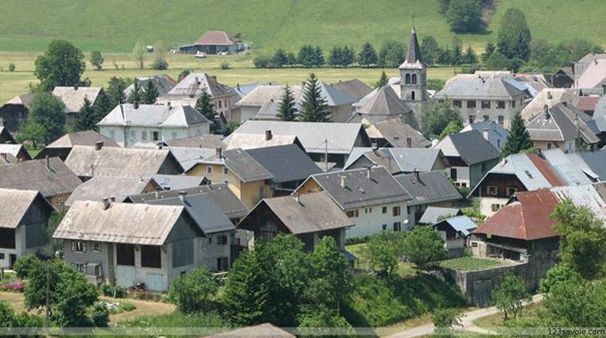 Village d'Ecole-en-Bauges - © 123 Savoie