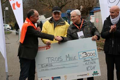 3.000€, une belle énergie collective au profit de 2 causes solidaires