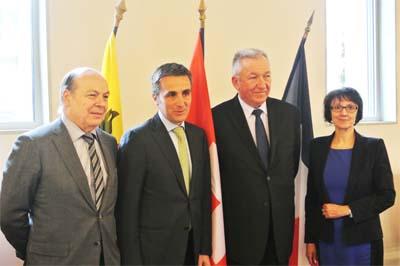 Christian Dupessey, François Longchamp, Jean Denais, Isabelle Dorliat-Pouzet - Sous-préfète de Saint-Julien-en-Genevois