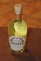 Distillerie des Alpes - Génépi à l'ancienne - © Sergio Palumbo - 123 Savoie