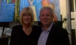 Anga et Laurent Rigaud, Président de l'Amicale des Savoyards aux émirats lors du vernissage de son exposition
