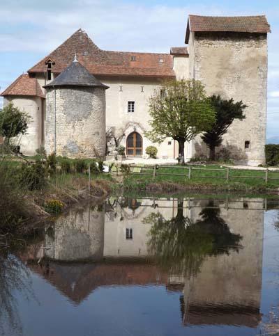 Maison forte de Mr Mme Félix - lieu dit Champrovent à Saint-Jean-de-Chevelu - © Maisons Paysannes de France