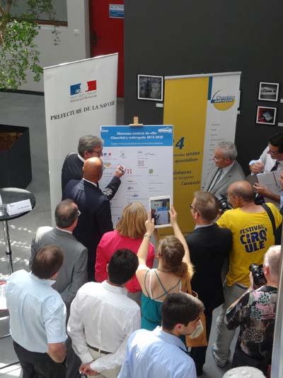 Signature Contrat de ville Chambéry  1