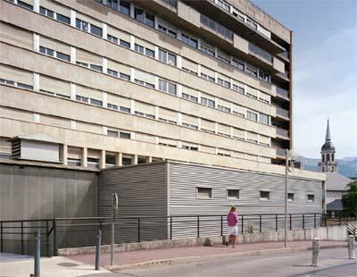 Centre Hospoitalier - © Marie-Noëlle Boutin, série photographique Centre hospitalier Métropole Savoie, 2014