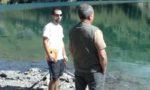 Rencontre entre un hydroguide un pécheur au Plan d'amont - © EDF