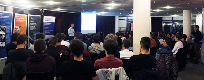 Les ingénieurs du CIH présentent leur métier aux étudiants de l'USMB - © Université Savoie Mont Blanc