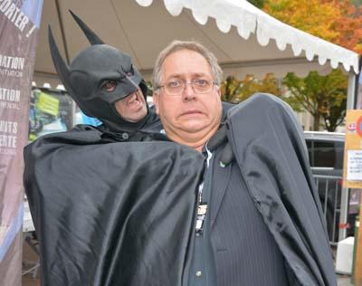 Batman et Serge Ripoll - © Sergio Palumbo - 123 Savoie