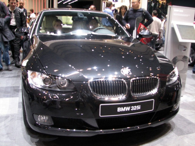 011-bmw-325i-salon-de-geneve-2007