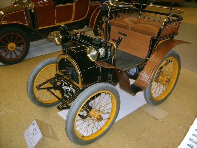 1898- Renault type A cabriolet