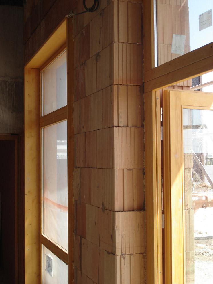brique monomur de 50cm photo 744x992. Black Bedroom Furniture Sets. Home Design Ideas