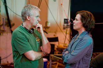 James Cameron et Sigourney Weaver
