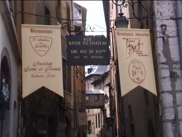 Rue Basse du Château © 123 Savoie