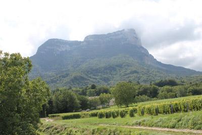 Le Mont Granier, vu depuis Chapareillan  © 123 Savoie