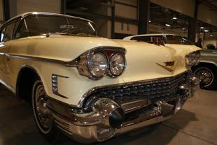 Cadillac 6237 DX Coupé de ville de 1958 - © Sergio Palumbo - 123 Savoie