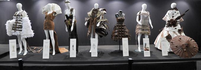 Exposition Robe Défilé - © Julien Millet