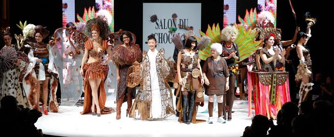 Salon du chocolat 2012 - Défilé avec les personnalités © Raffoux