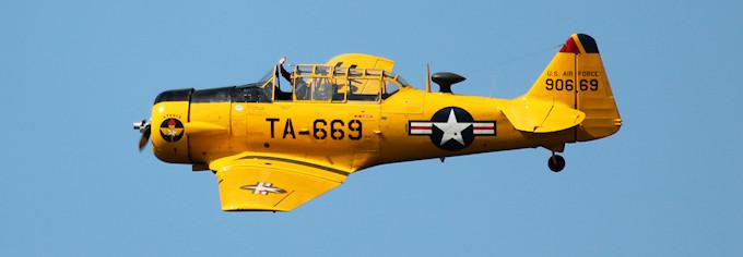 T-6 Texan - Meeting aérien du Lac du Bourget © 123 Savoie