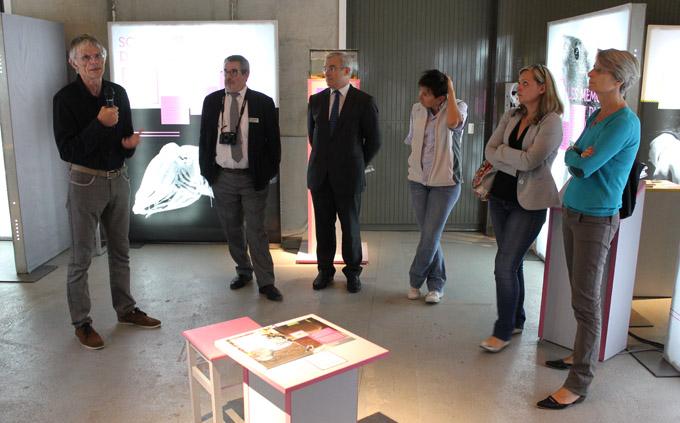 L'expo Mémoire/S a été inaugurée le 11 octobre 2014, par Michel Dantin, Député - Maire de Chambéry, à l'occasion de la Fête de la Science