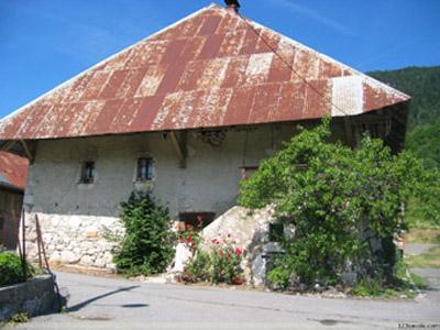 Toiture à Bellecombe-en-Bauges - 123 Savoie