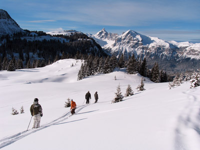 Ski aux Carroz - © OT Les Carroz