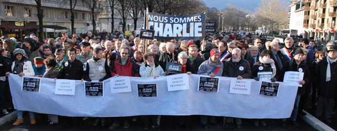 Marche silencieuse 11 janvier 2015 - © Sergio Palumbo - 123 Savoie