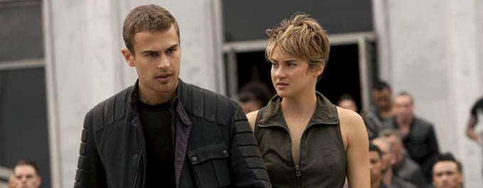 Shailene Woodley et Theo James - © SDN
