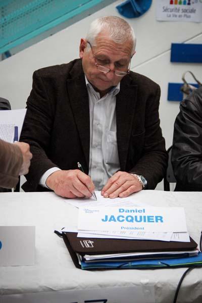 Signature de l'acte d'engagement des Ordonnances de 1945 au lycée du Granier - Daniel Jacquier