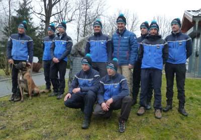 Les équipes PGHM & SAG à Bourg-Saint-Maurice avec Vincent Rolland
