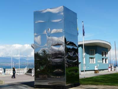 Borne-miroir à Thonon-les-Bains